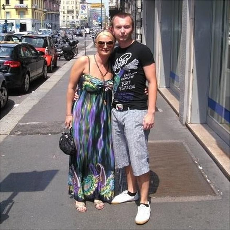 31642600-8847427-Maria_Mester_pictured_with_her_29_year_old_son_Emil_Bogdan_Savas-a-64_1602865748285_2